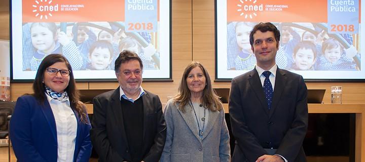 Anely Ramírez, Secretaria Ejecutiva CNED; Pedro Montt, Presidente CNED; María Jesús Honorato, Coordinadora Nacional UCE; y Jorge Avilés, Superintendente de Educación Superior.
